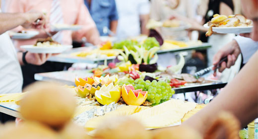 Do I Have to Provide a Meal for My Wedding Day Vendors?