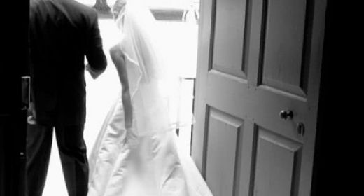5 Common Mistakes Brides Make with their Wedding Dress after their Big Day