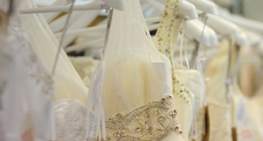 The Definitive Guide on Wedding Dress Yellowing and How You Can Restore Your Yellowed Gown