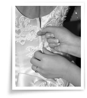 make your wedding dress shopping experience worry free!