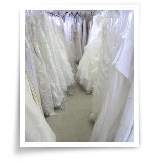 wedding dress shopping tips & advice