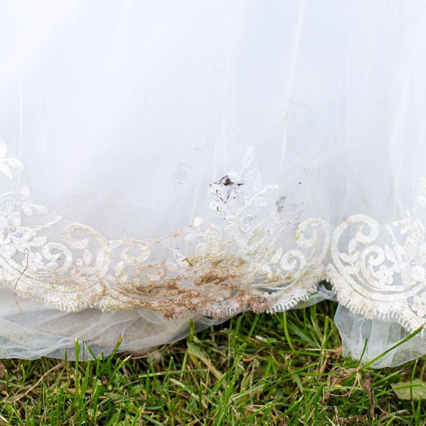 How to get dirt stains out of a wedding dress
